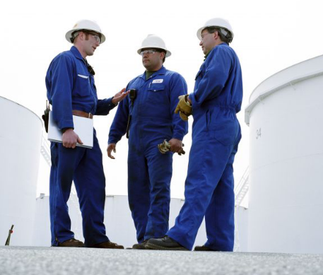 Automation techs and service for oil and gas production installations, changes and maintenance